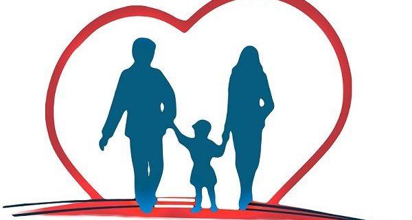 חיסכון בביטוח - משפחה עם ילד